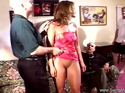 Skimp Allows The Cuckold To Happen Solely To Experience