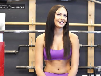 Ariana Marie is fucking her sundry trainer in the gym, while no one is watching them