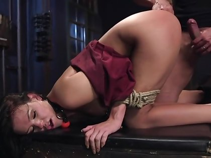 Sexandsubmission Roxy Raye Extreme Anal Fisting Submission