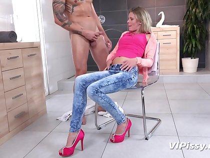 Claudia Macc - Claudia In The Shower pissing