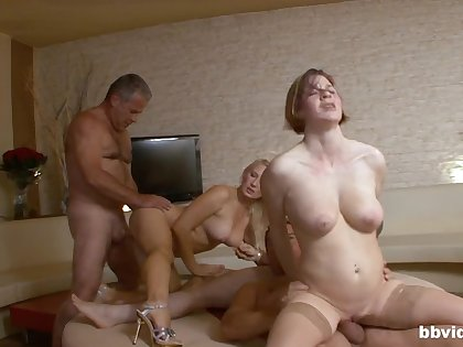 Score sex party in the flat with weasel words hungry amateur babes