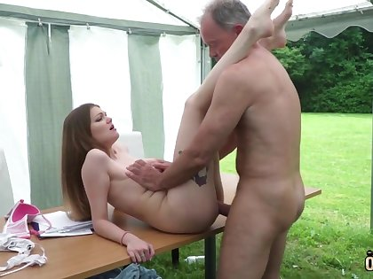 Youthfull nubile entices together with tears up elderly fellow then facial cumshot pop-shot