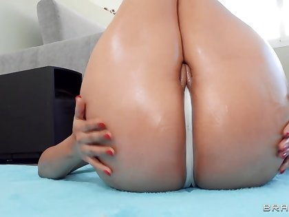 Latina nympho nearly massive hot goods fucks jordi