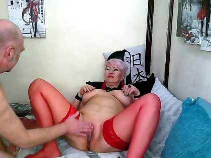 Slutty Mom In Red Stockings Doesnt Let Her Cunt Get Bored!